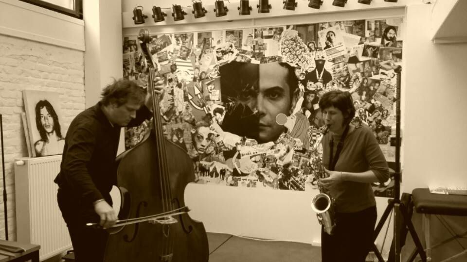 ▶ Benjamin Duboc (contrebasse) + Guest Audrey Lauro (saxophone) @ Taille 33 record store - 20/08/2016