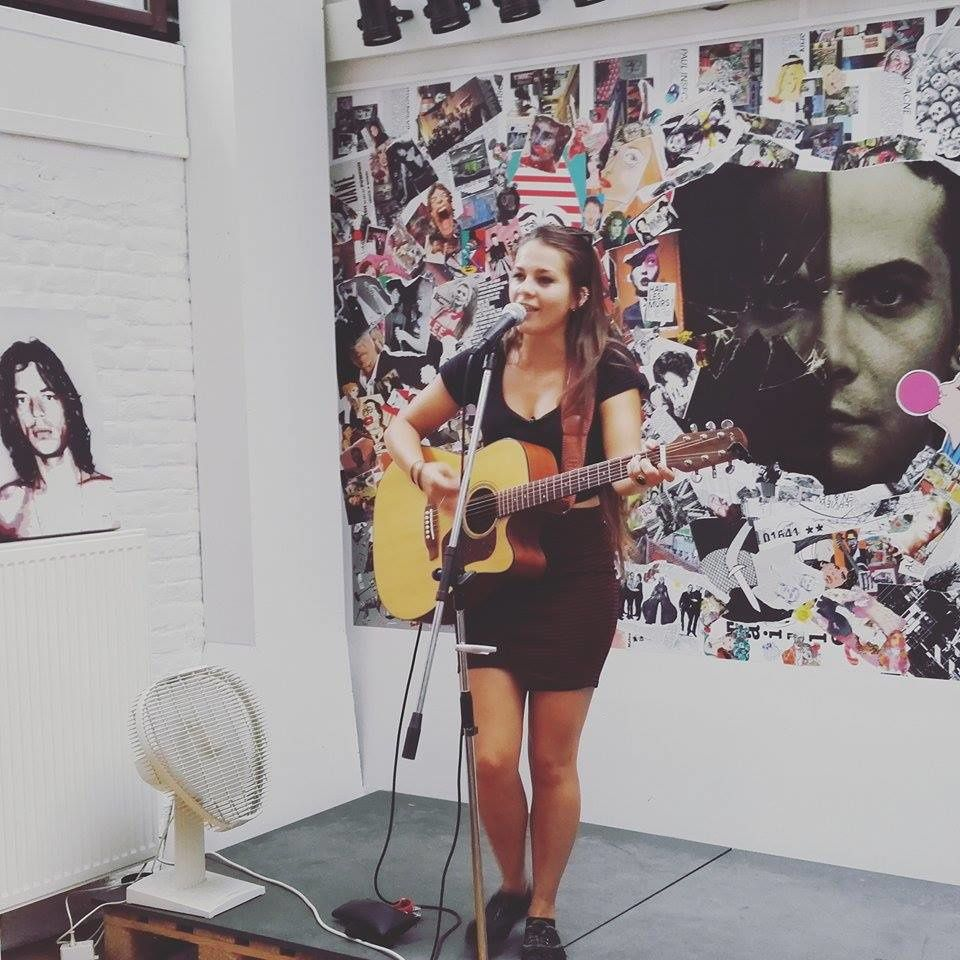▶ Ghalia @ Taille 33 record store - 27/08/2016