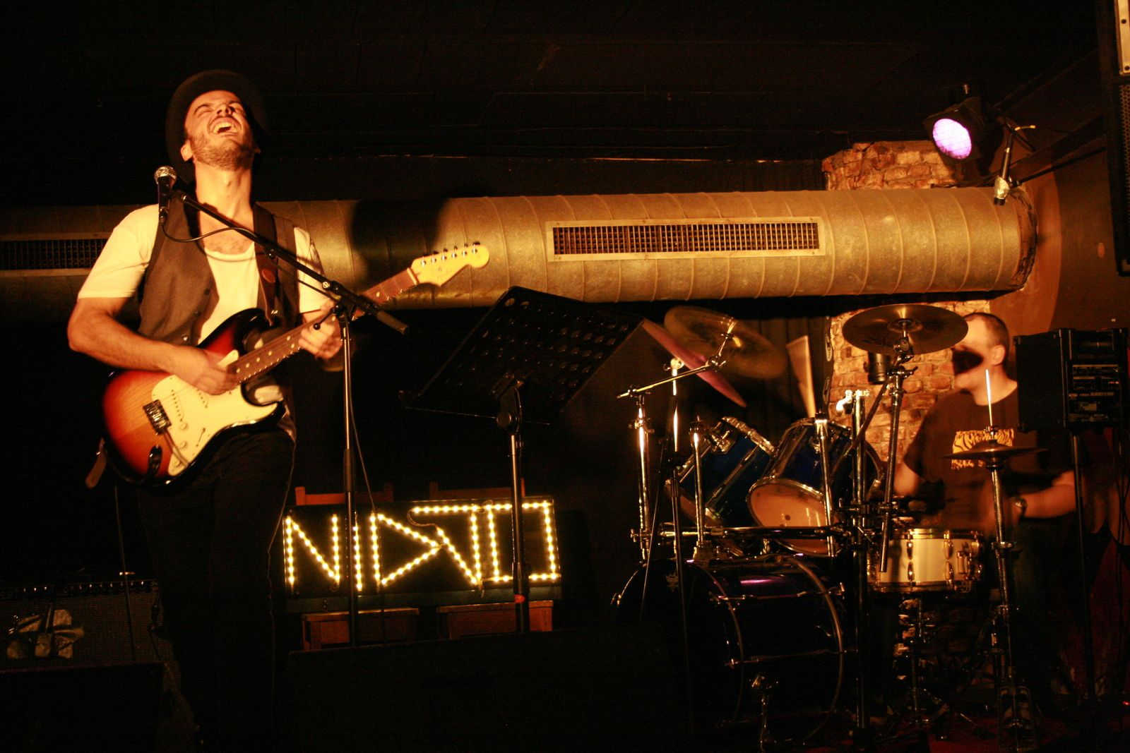New : Nidjo @ Live Music Café - 15/1/2014 - 21h00 - Entrée gratuite !