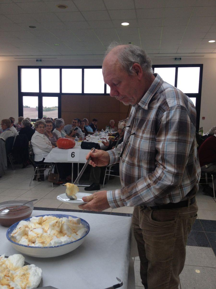 repas de la SAINT LEGER à DROGNY le 4 octobre 2015