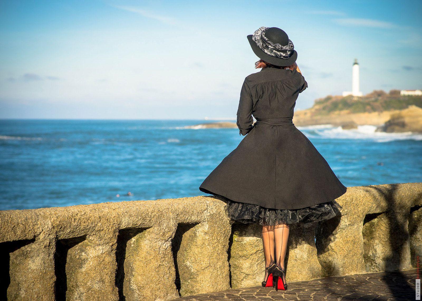 bas couture et Louboutin à Biarritz