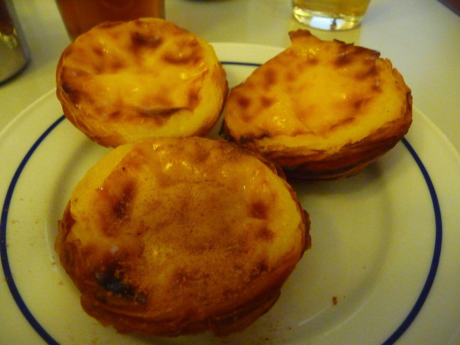 une pause gourmande  chez Antiga Confeitaria de Belem pour goûter les Pasteis  de nata
