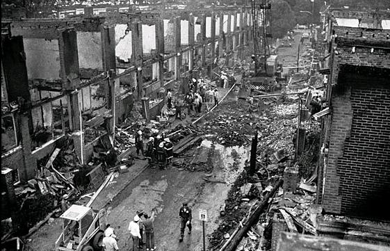 Le quartier après l'assaut de la police du 13 mai 1985.