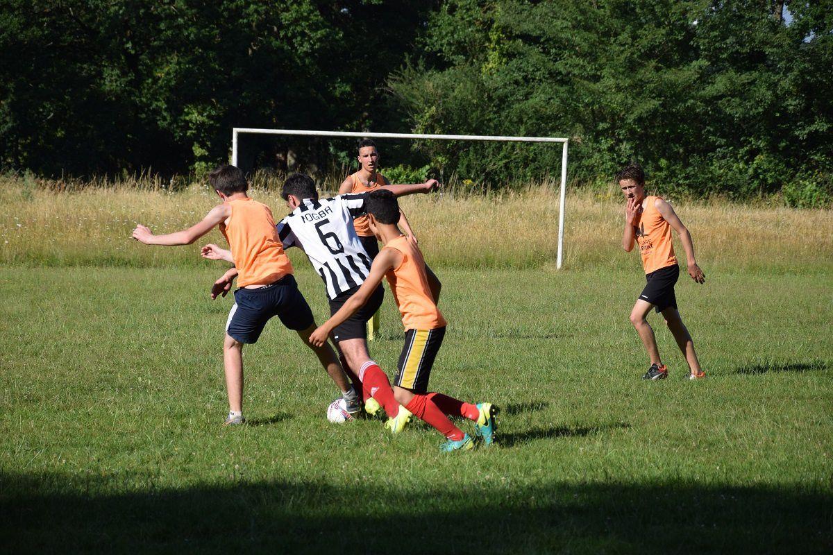 Match de football des 3è contre les anciens élèves - Mercredi 21 juin 2017