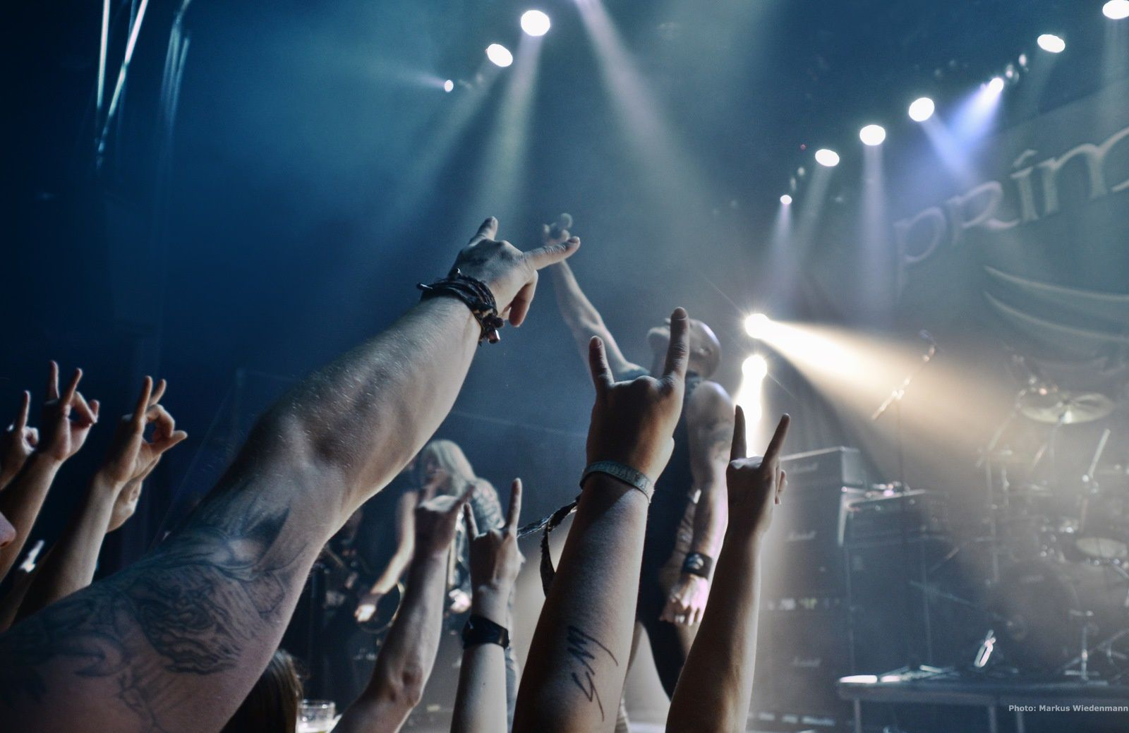 Live review PRIMAL FEAR, KISSIN' DYNAMITE &amp&#x3B; more, Heavy Metal Maniacs festival, Amstelveen, 17.10.2015