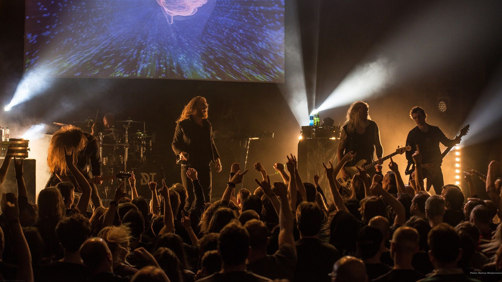 Live review DARK TRANQUILLITY / OMNIUM GATHERUM / NAILED TO OBSCURITY, Gebr. De Nobel, Leiden, 17.04.2017