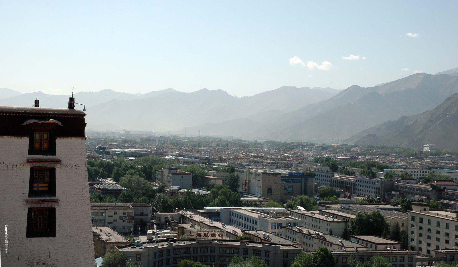 La ville chinoise vue du Potala