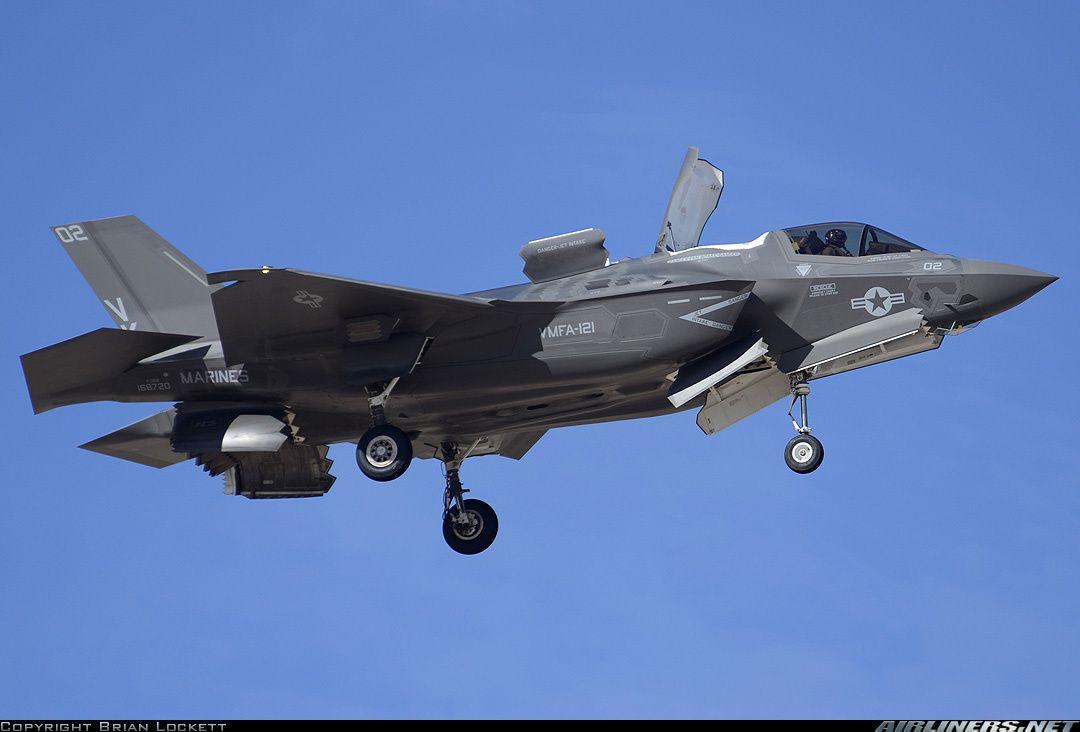 Un pilote anglais atterri pour la première fois avec un F-35B STOVL