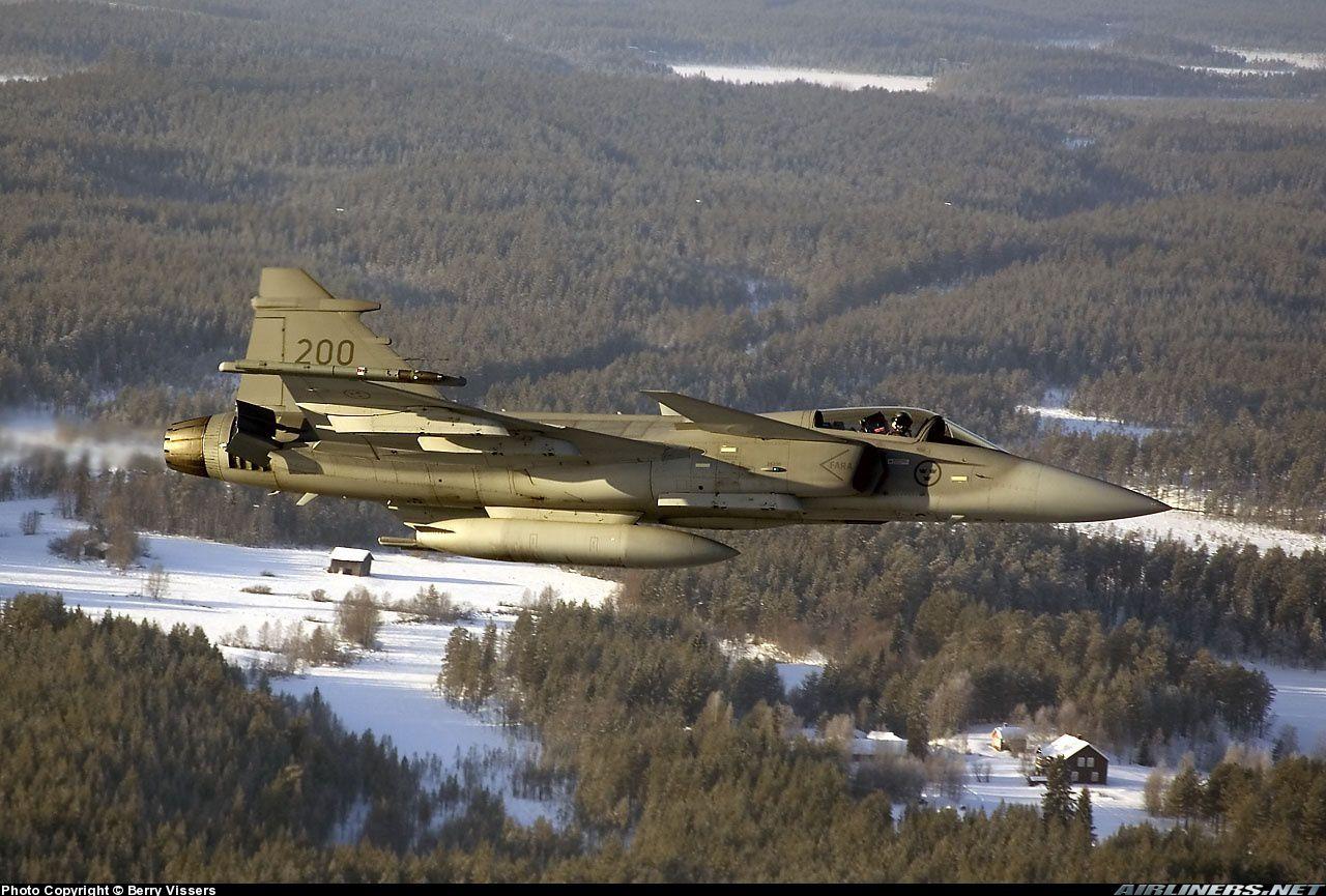 La Suède envoie des Gripen sur une île en mer Baltique en raison des exercices russes