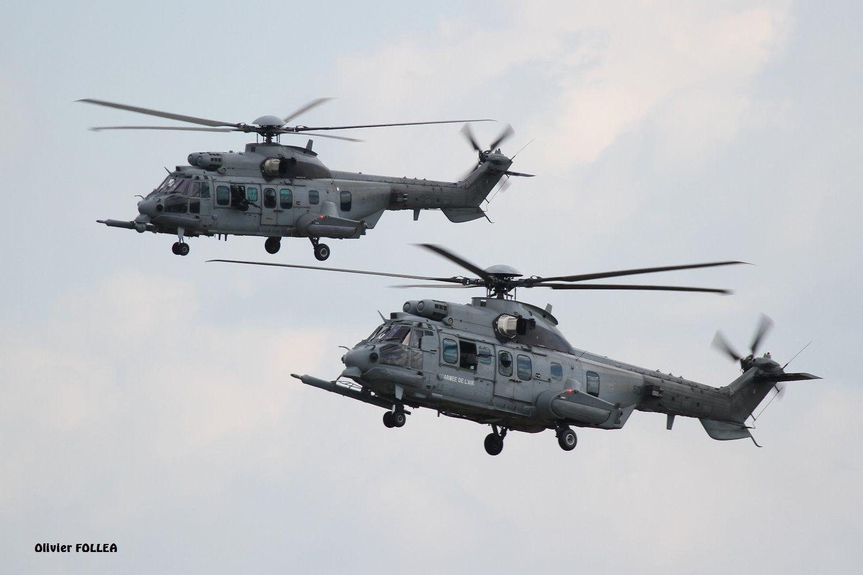 Deux EC725 Caracal de l'Armée de l'Air