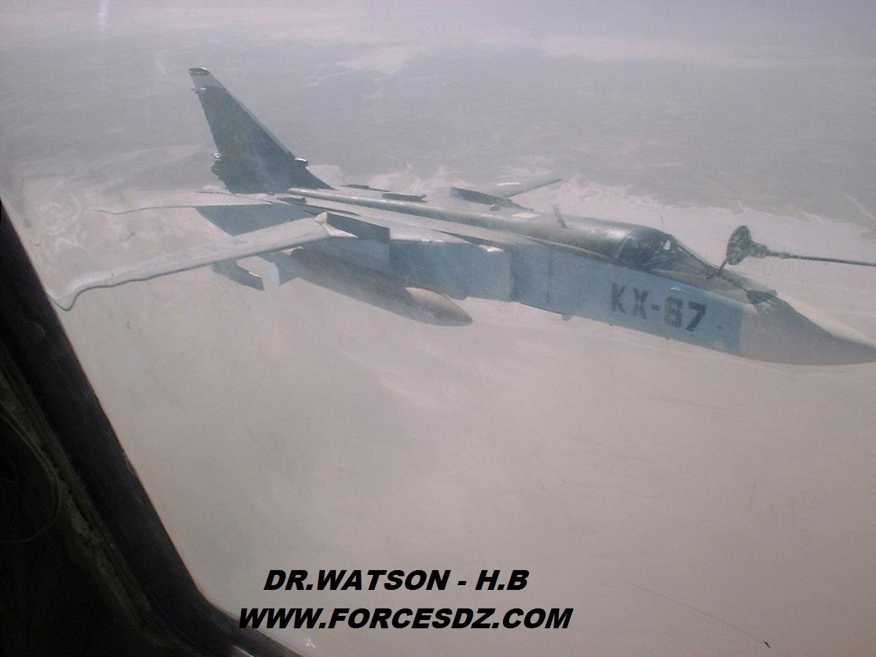 Un Su-24 s'écrase en Algérie, en tuant les deux pilotes