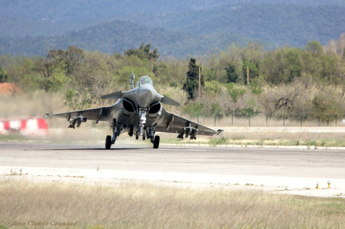 Dassault Aviation teste le comportement du Rafale par vent fort de travers