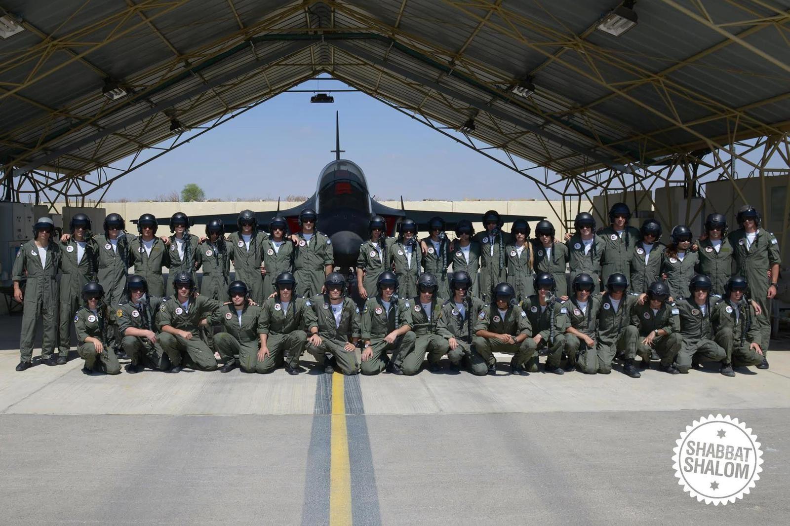 La Force Aérienne Israélienne vient de terminer la formation des premiers pilotes formés sur M-346 Master