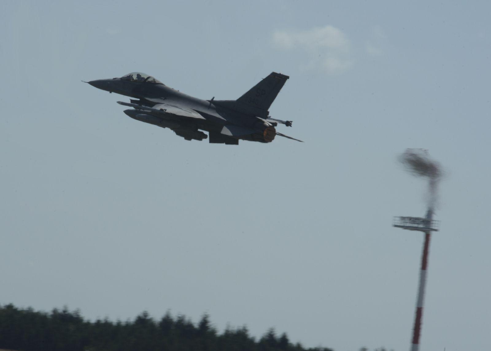 Un F-16C de l'US Air Force s'est écrasé en Allemagne