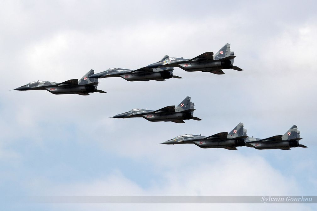 "Six beaux Mig-29 ""Fulcrum"""