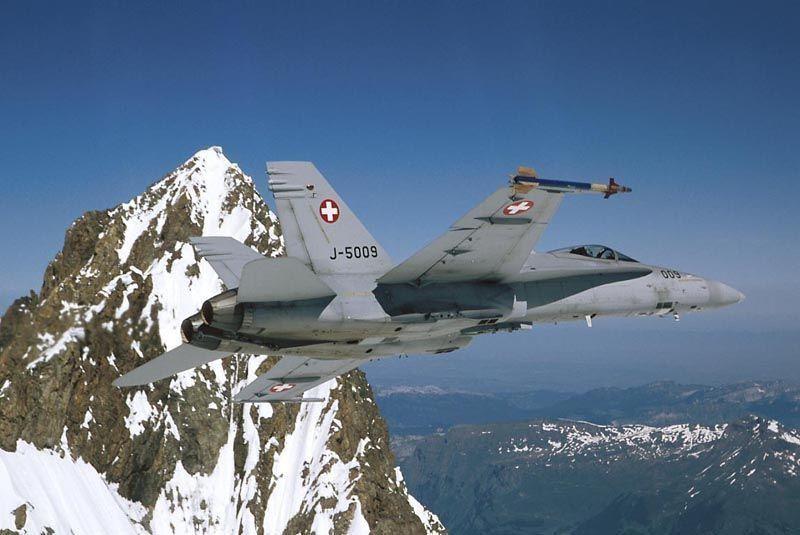 Un F/A-18D Hornet des Forces Aériennes Suisses s'est écrasé en France