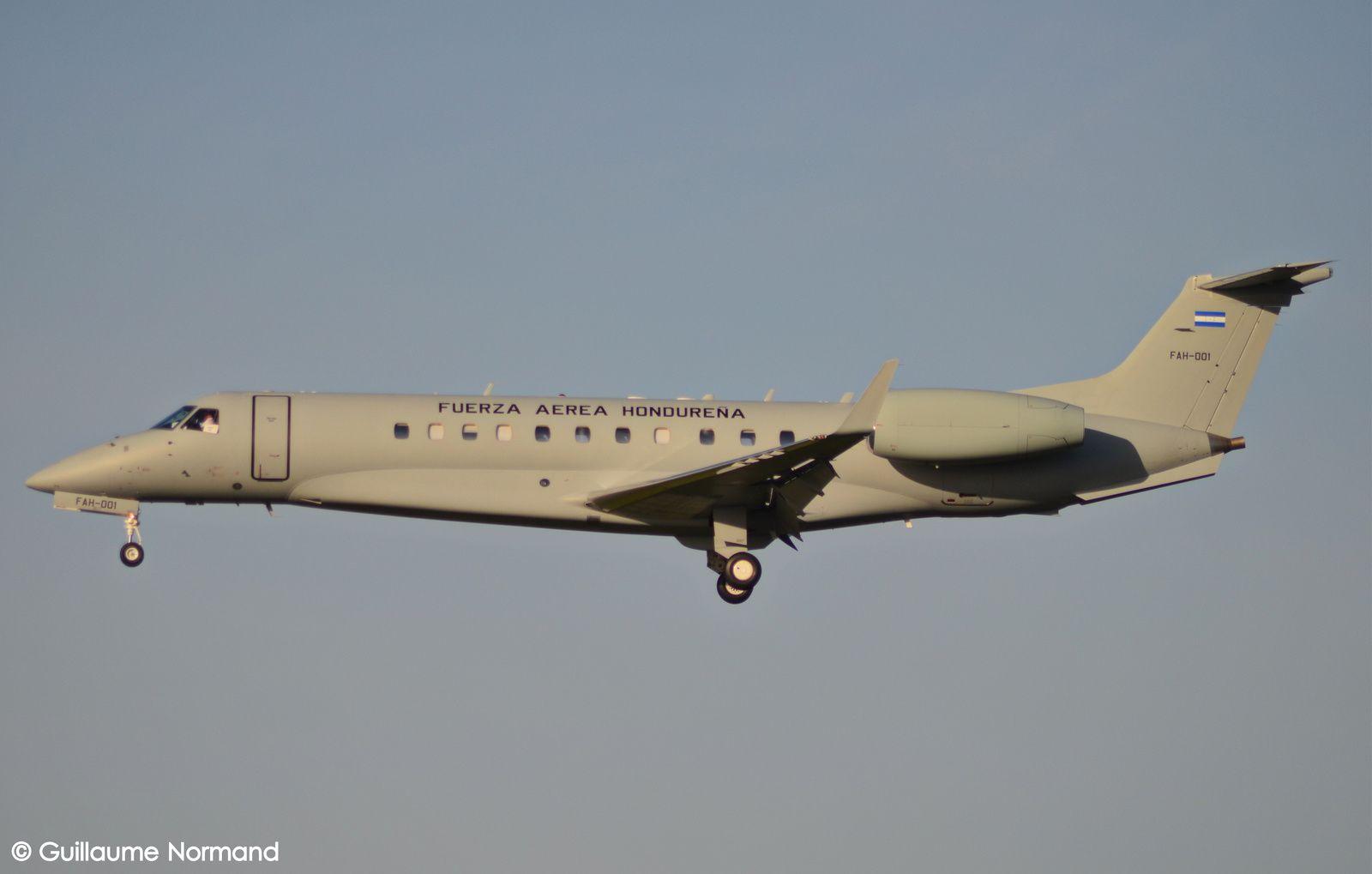 Embraer EMB135BJ