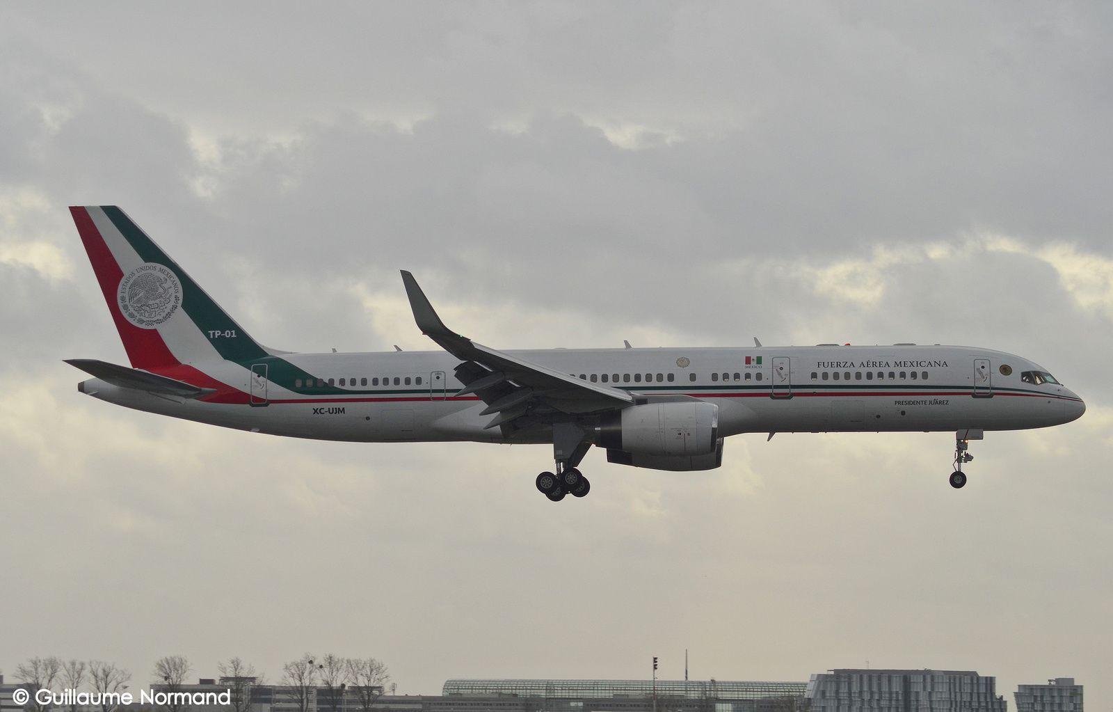 Boeing B757-225