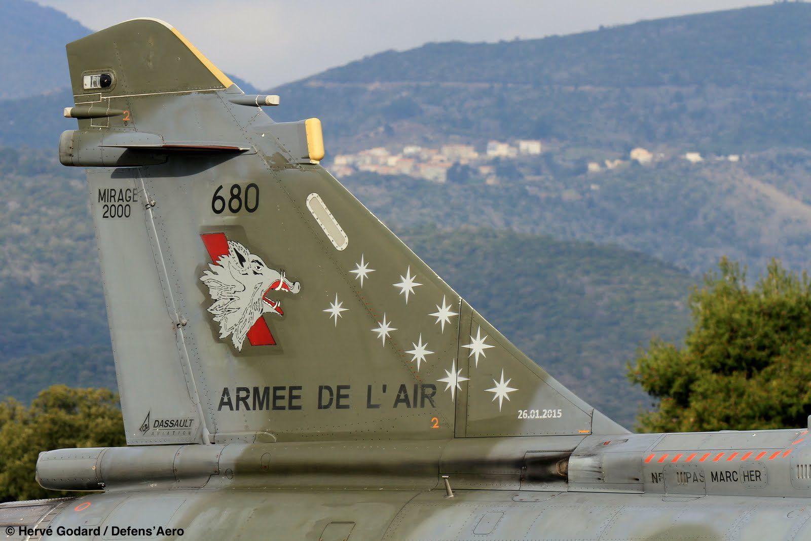 Dérive dédiée à la mémoire des neufs aviateurs morts sur la base d'Albacete, le 26 janvier 2015.