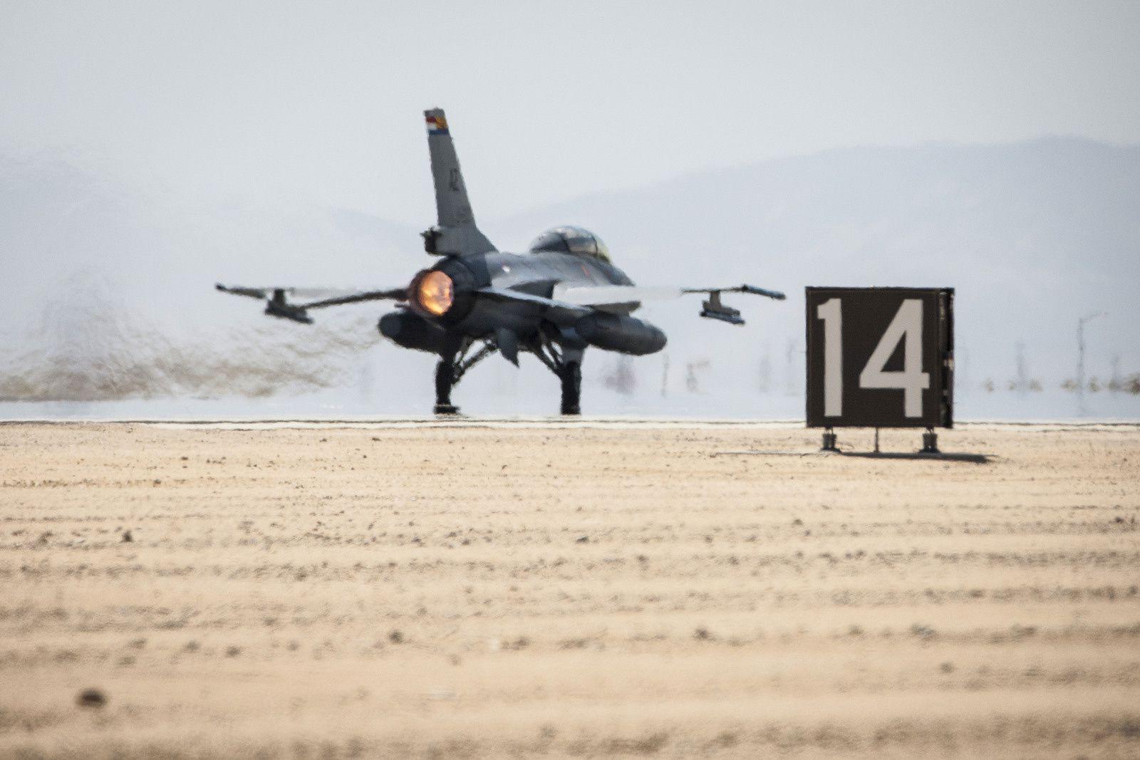 © KLu - Décollage d'un F-16M néerlandais dans le cadre de la coalition internationale Inherent Resolve.