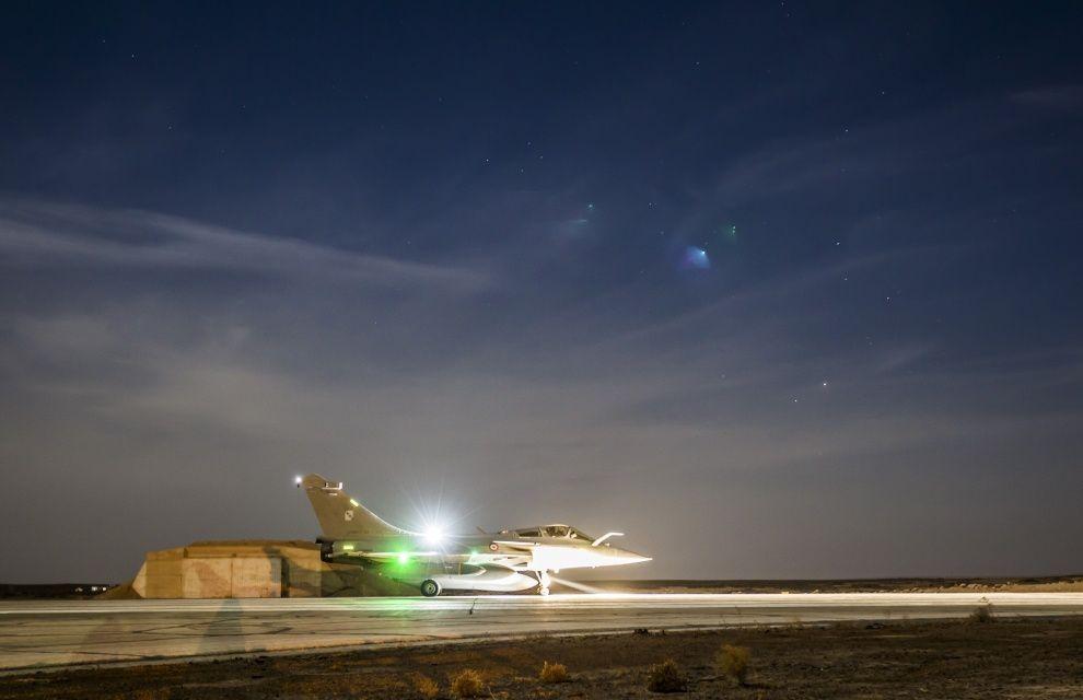 Chammal : Les Rafale M et les Rafale Air effectuent un raid aérien conjoint avec des missiles de croisière SCALP-EG