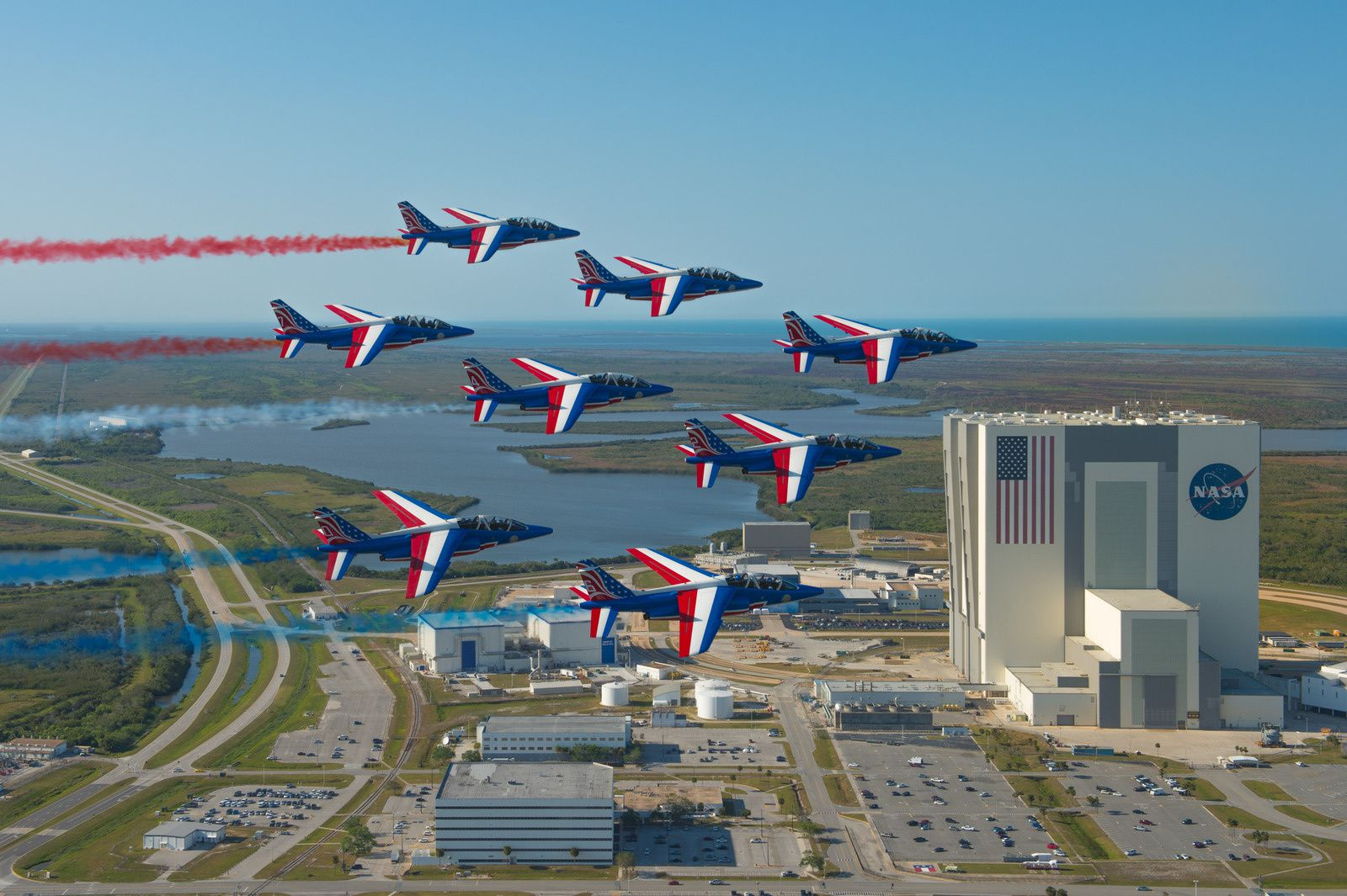 PAF US Tour : La Patrouille de France survole Cap Canaveral