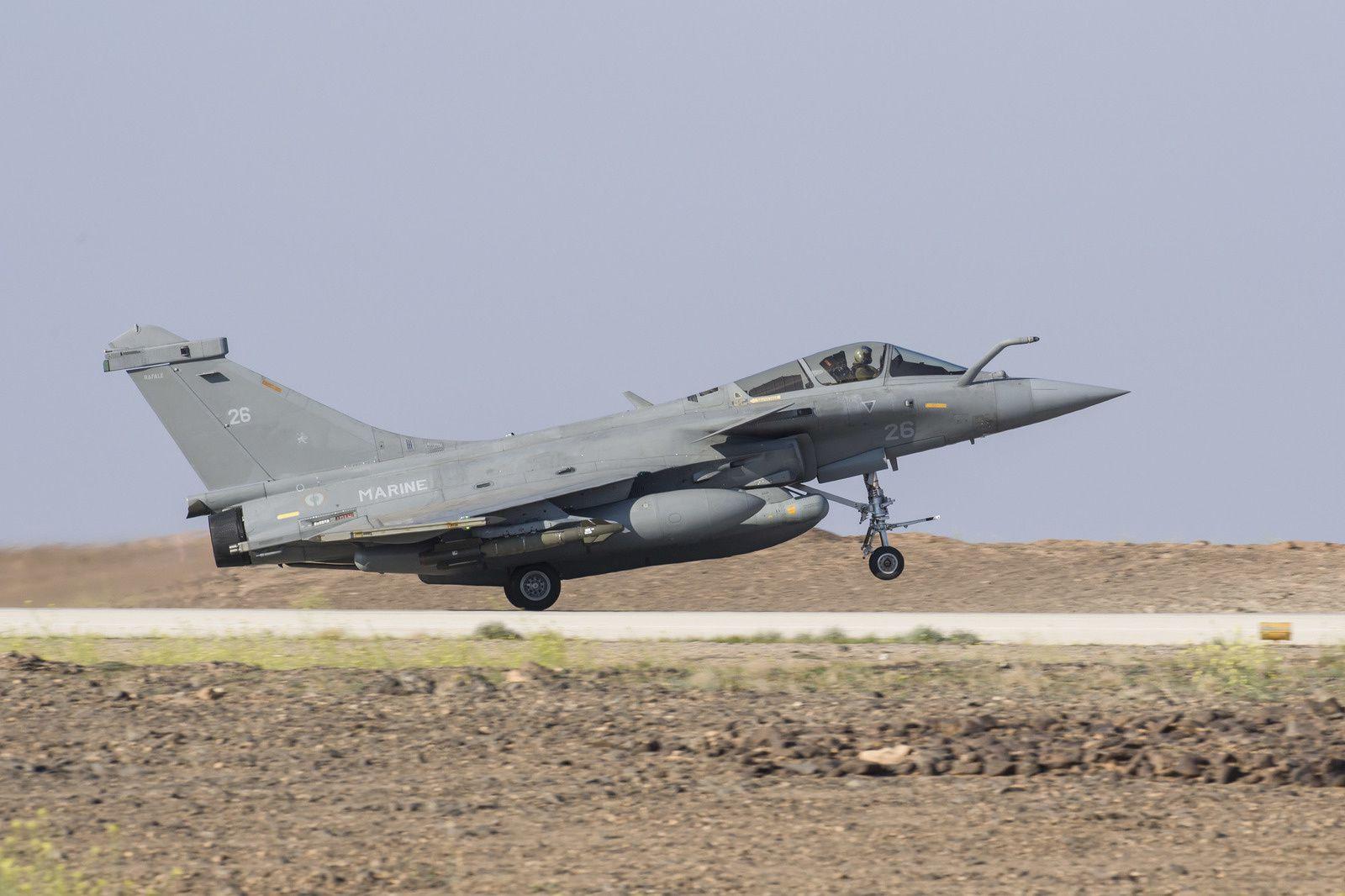 © EMA - Atterrissage d'un Rafale M sur la base aérienne projetée en Jordanie.