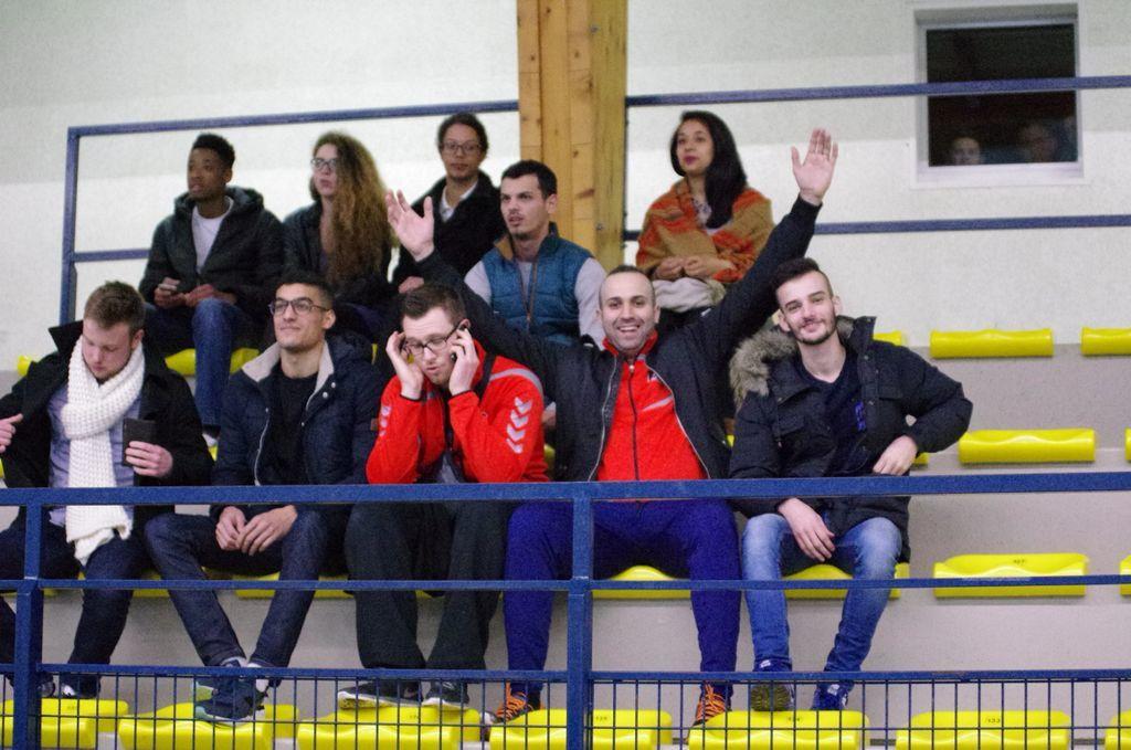 Les supporters sont là ... !