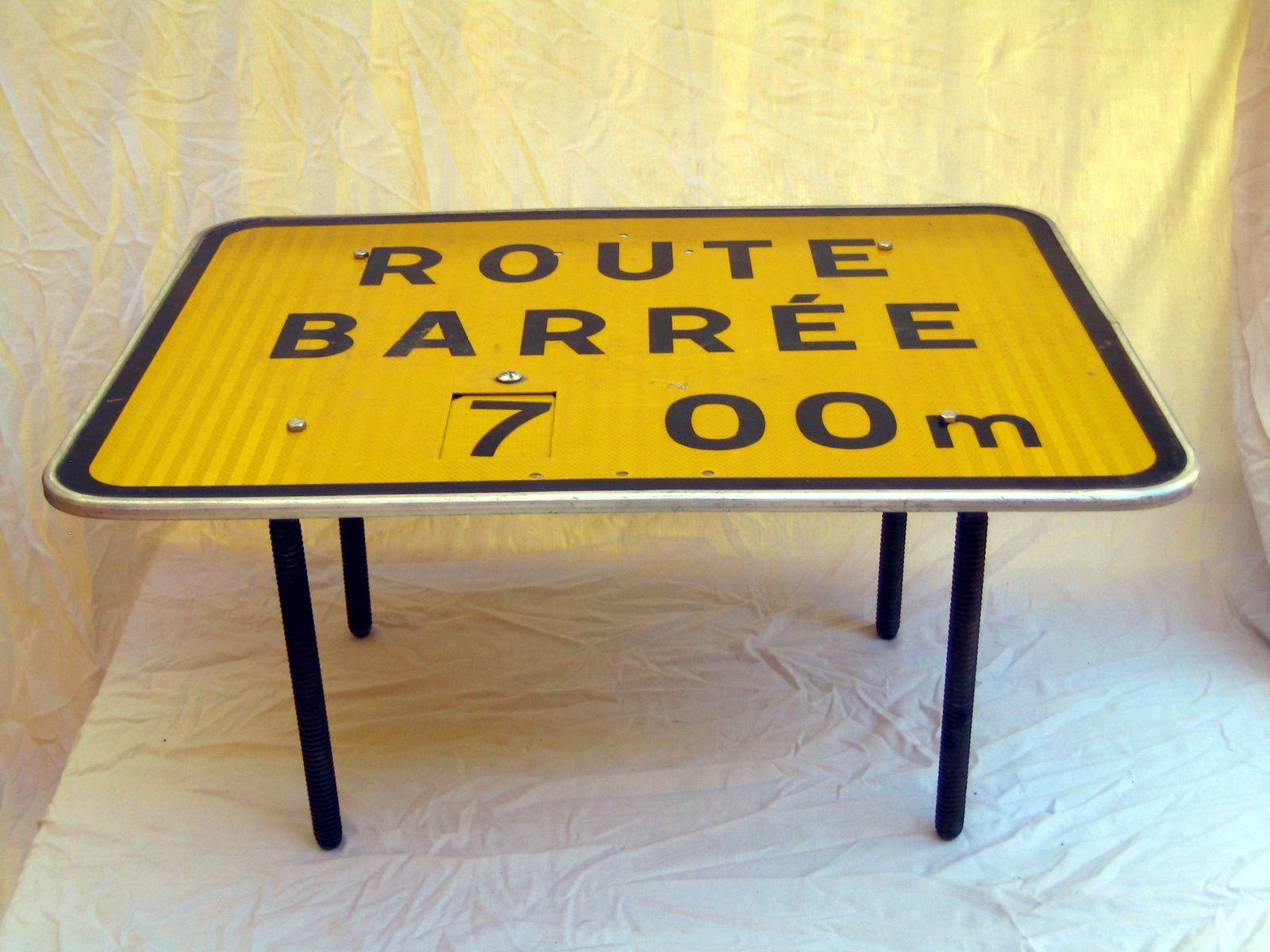 pied a roue table basse sammlung von design zeichnungen als inspirierendes design. Black Bedroom Furniture Sets. Home Design Ideas