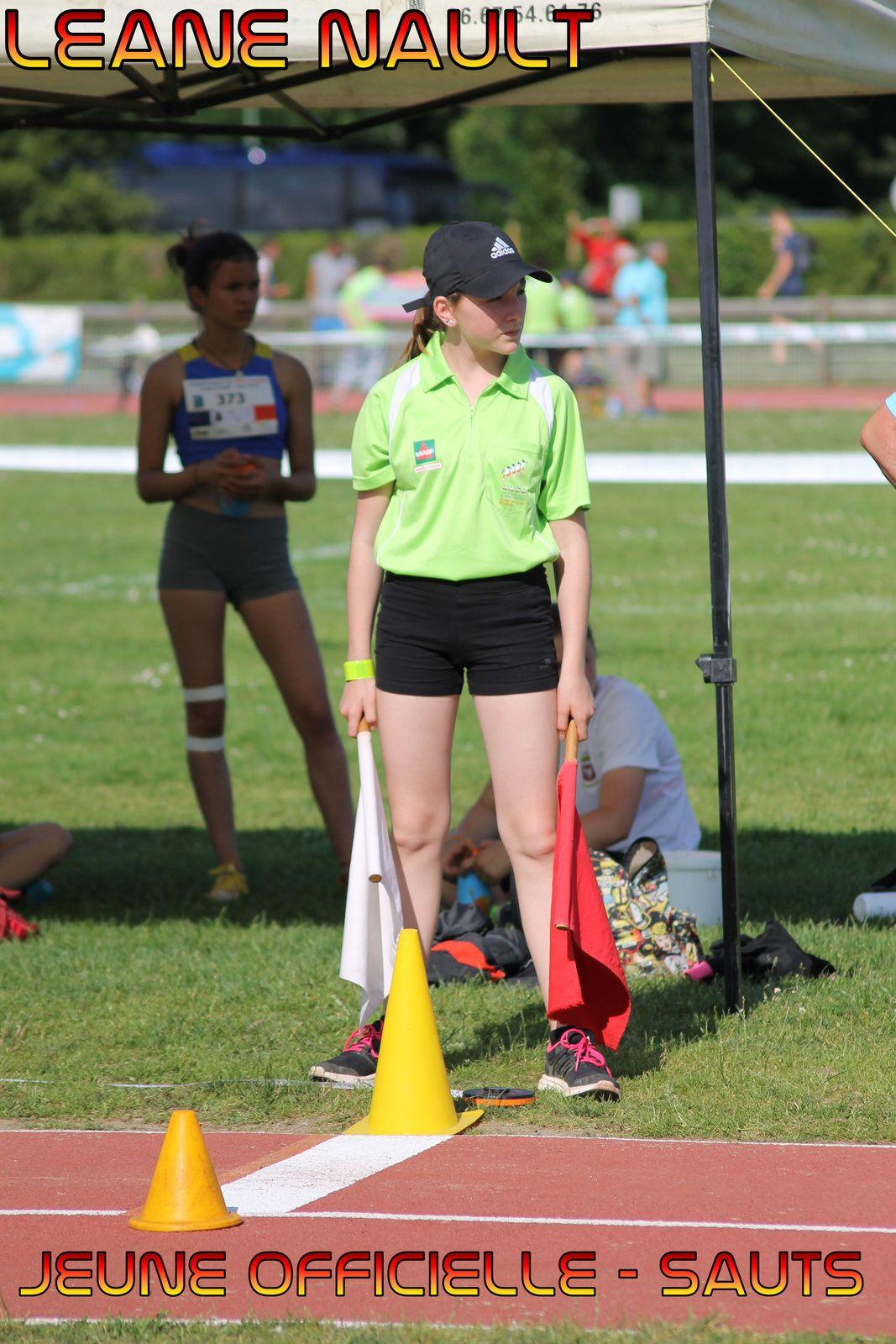 Léane, notre Jeune Officielle, a officié durant toute la compétition sur les concours de sauts.