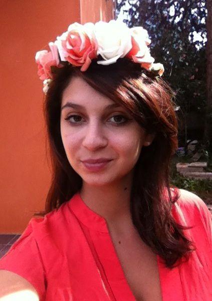 """Tadaaaaa voilà votre couronne de fleur, vous pourrez dire """"c'est moi qui l'ai fait!"""""""