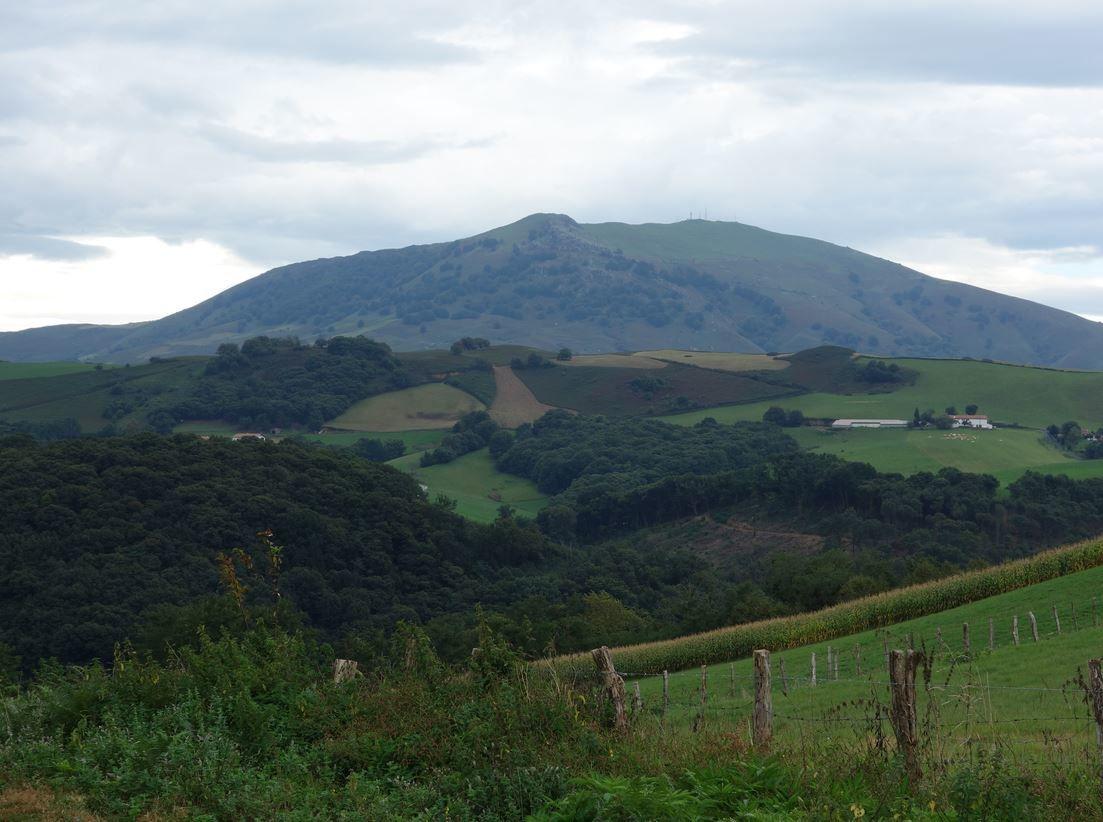 Le massif du Baîgura commencera à être bien visible.