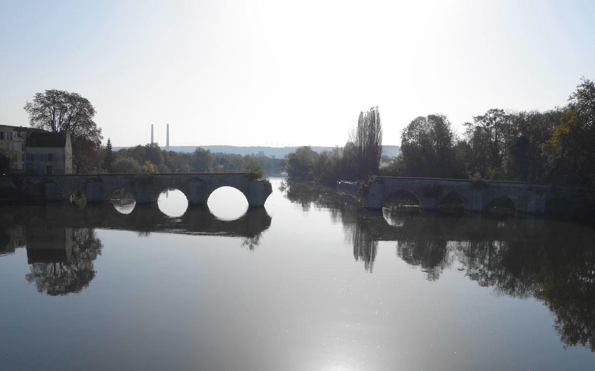 Vieux pont de Limay / Vieux pont de Mantes AA