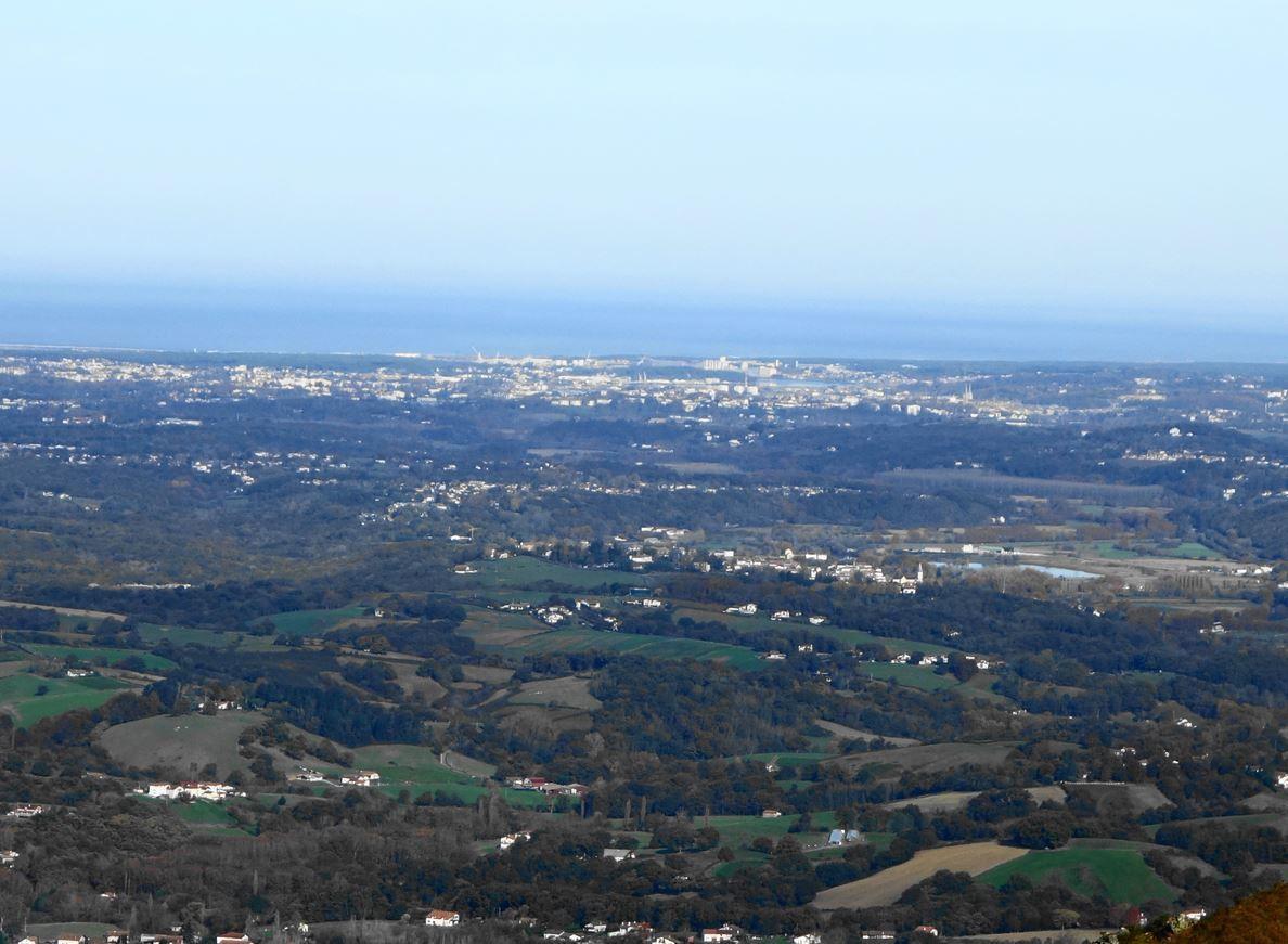 Pic du Mondarrain depuis le col de Légarré (Pyrénées-Atlantiques) AA Rando