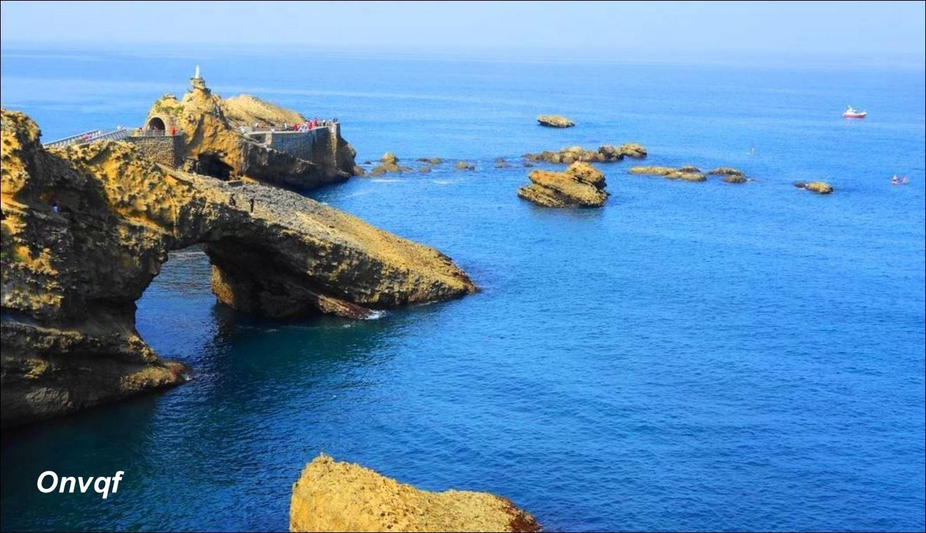 Rocher de la Vierge, Biarritz (Pyrénées-Atlantiques 64) AA
