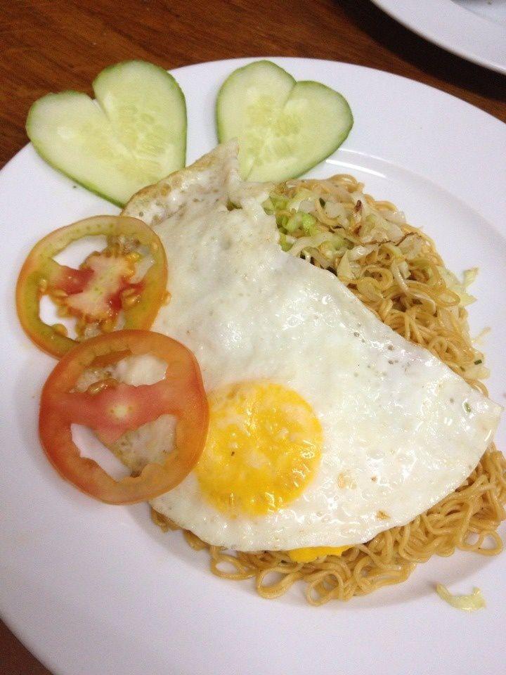 un petit déjeuner asiatique