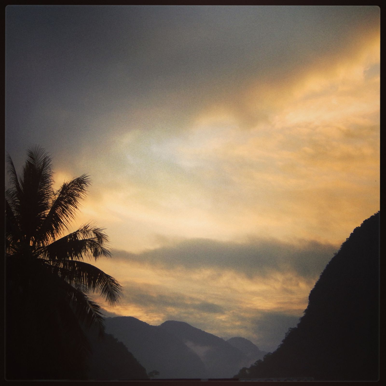 ciel de fin de journée à Muong Ngoi Neua