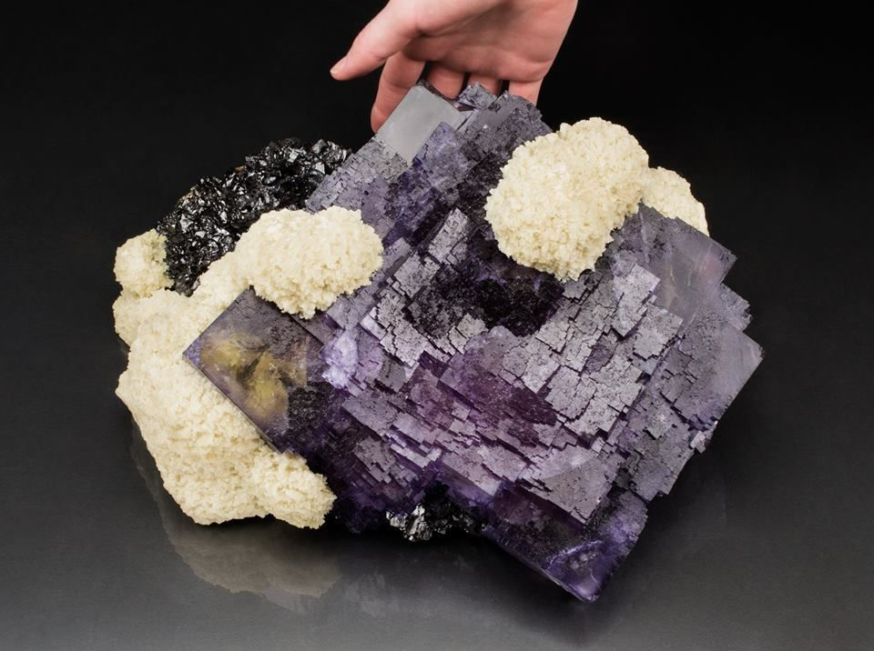 very big Fluorite and Baryte from Elmwood mine, Tennessee, USA (collection privèe, Photo: Mine Rat)