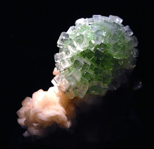 "Apophyllite verte ""Well Pocket"", Inde (photo de ""Photolitherland"")"