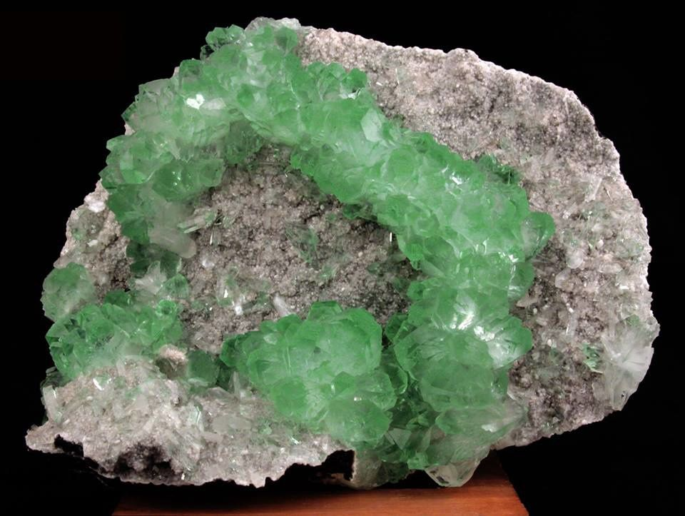 Green Apophyllite from India  (collection privèe)