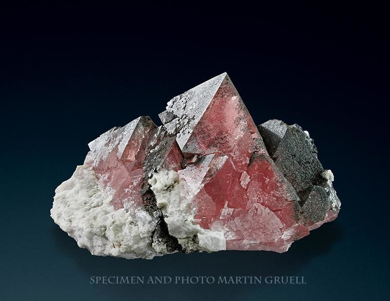 Pink Fluorite from Mont Blanc, Alpes, Suisse (specimen and photo by Martin Gruell)