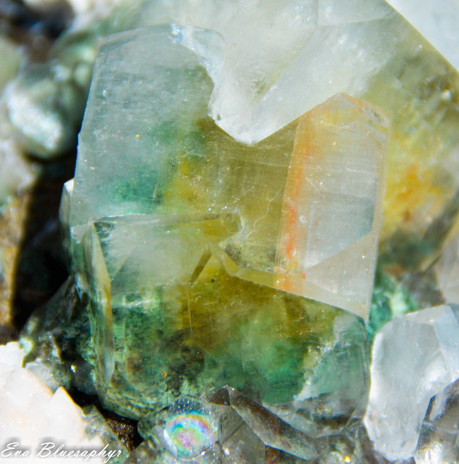 Green Apophyllite with Chlorite inclusions and Leumonite from Wadgaon Mine, Poonah, Maharashtra, India (size: Cabinet)