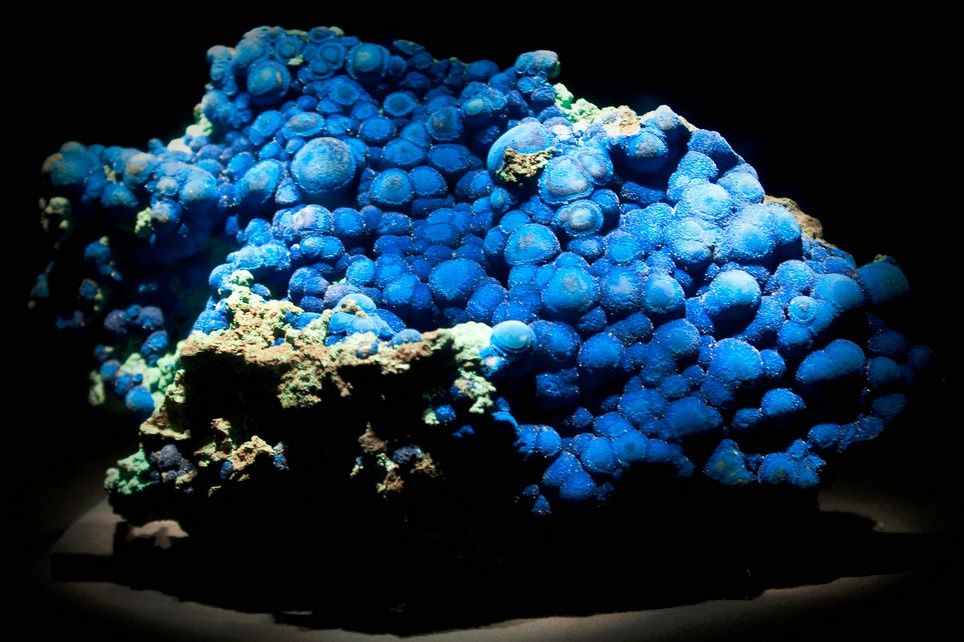 Azurite from USA (specimen: Houston Museum of Natural Science, photo: David Hunt)