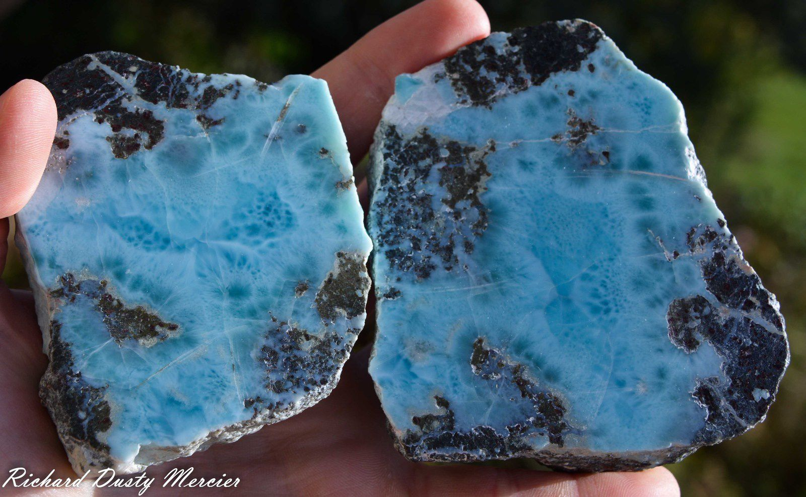 Larimar from Dominican Republic (size: Cabinet)