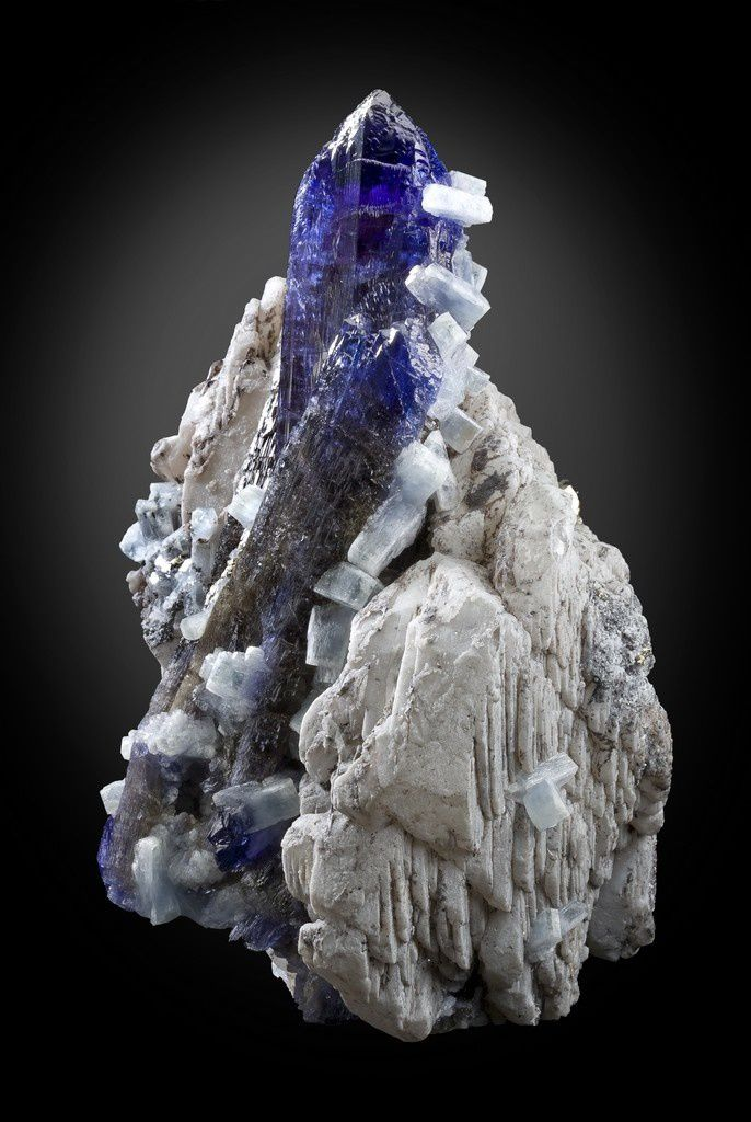 Tanzanite with Prehnite and Calcite from Tanzania (Stolowitz-Green-Mountain-Mineral)
