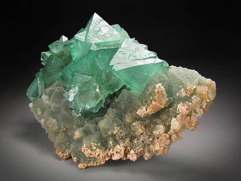 Fluorite with Quartz from Riemvasmaak, Kakamas Dist. Northern Cape Prov., South Africa (private collection, Photo : Mine Rat)