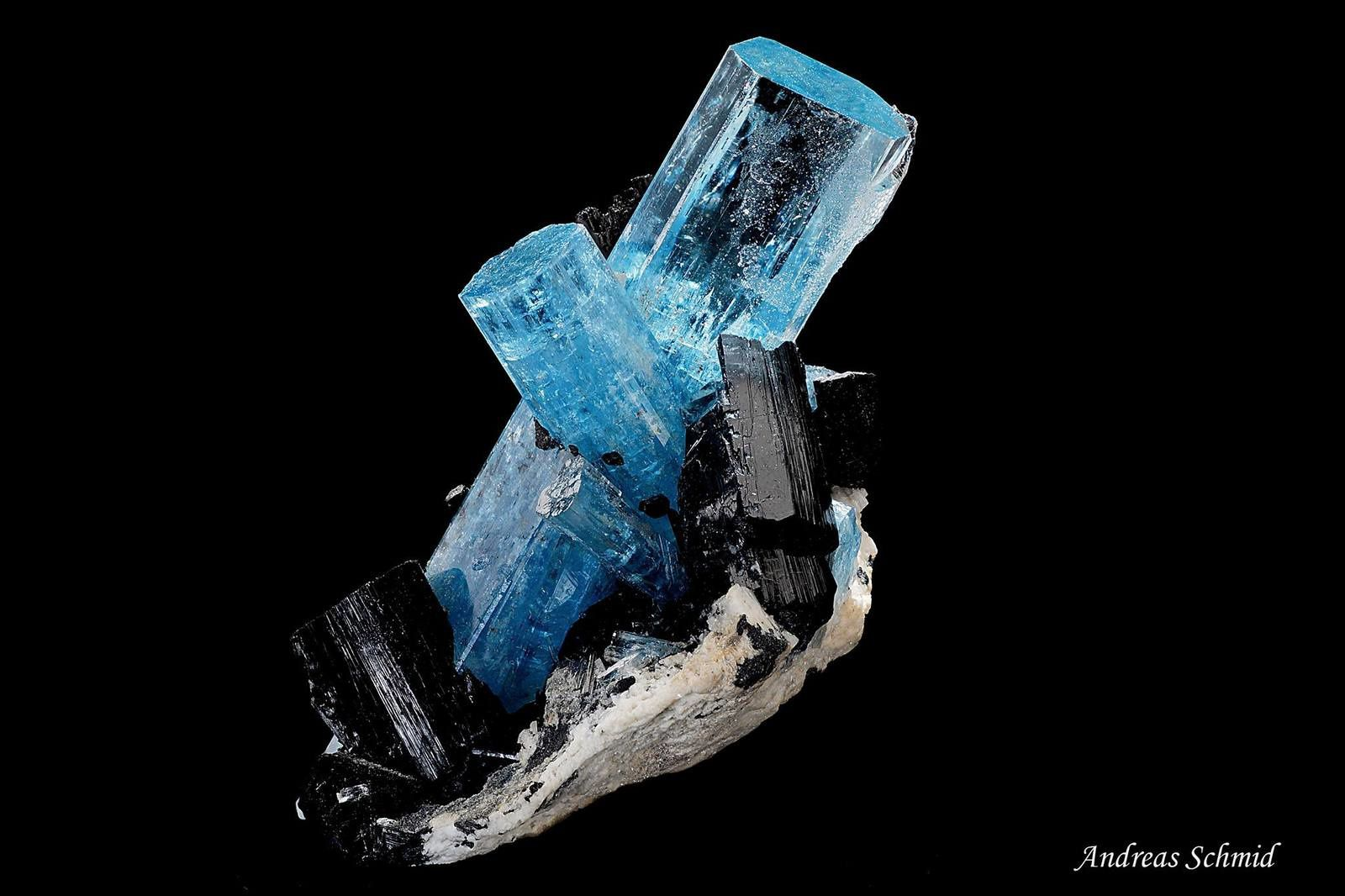 Aquamarine Shorl from Namibia (specimen and photo by Andreas Shmid)