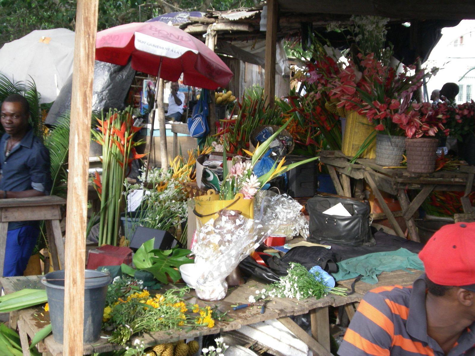 1&2: en plein coeur du marché, 3: marché artisanal&#x3B; 4: marché aux fleurs