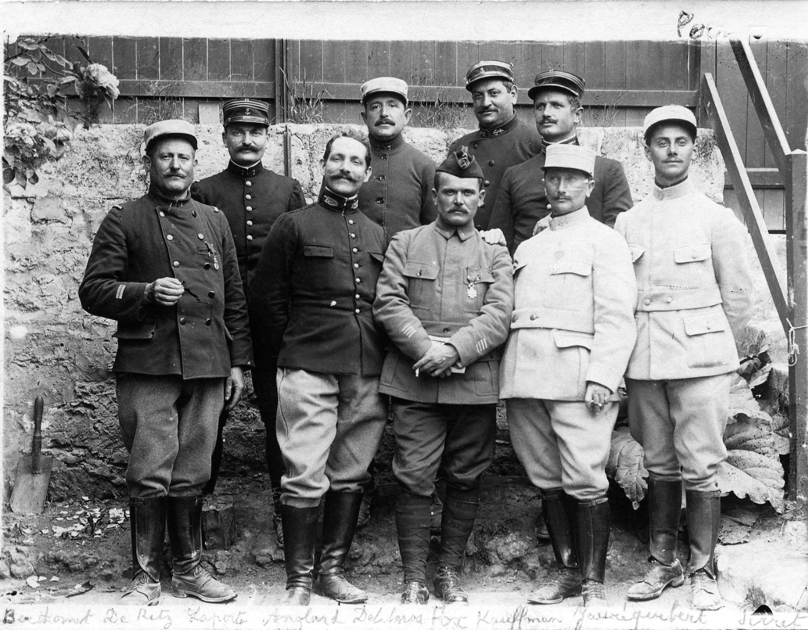 Juin 1915 - Les Perret en campagne - Collection Ph. Gauvain