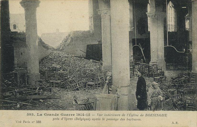 Dimanche 21 novembre 1915, à l'Est dans la soirée, violente canonnade &#x3B; les batteries de la ville tirent activement jusqu'à 11 h. soir